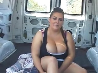 bbw sportwoman in action