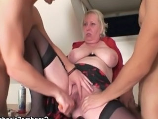 Threesome Saggytits Toy Bbw Mom Bbw Tits Big Tits