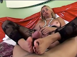 shemale domination facesitting trans trany smother smothering handjob blowjob