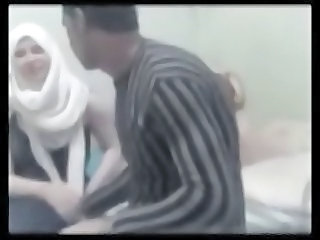 Big Ass Mature Arab Hijabi Wife Has Awesome Homemade Sex