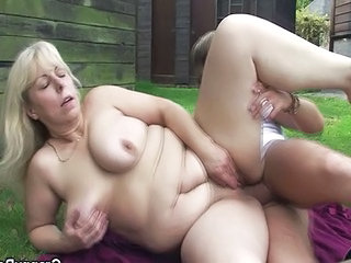 Farm BBW Outdoor Bbw Mom Farm Fingering