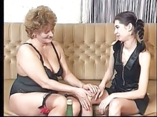 Lesbian BBW Old And Young Bbw Mature Granny Young Lesbian Mature