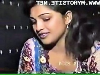 "Desi Homemade Blue Film [Indian Classic XxX Movie]"" target=""_blank"