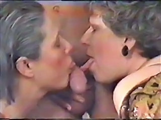 Vintage Blowjob Threesome