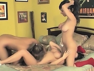 Threeway lesbian action with sexy cheerleaders