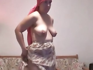 amateur housewife mature bbw milf chubby fat toes