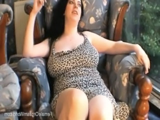 Big Boobed Babe Solo Fun and Masturbation free