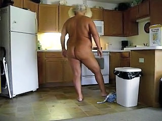 Amateur BBW Kitchen