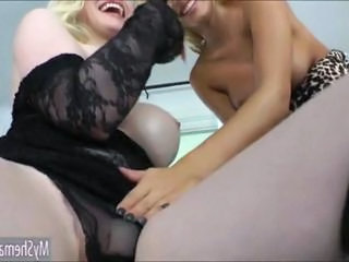 Blonde shemale Sarina Valentina gets analized with a strapon
