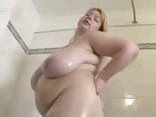 Showers BBW Big Tits