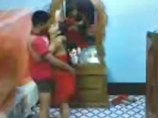 Fsi.1357.indian-young-couple