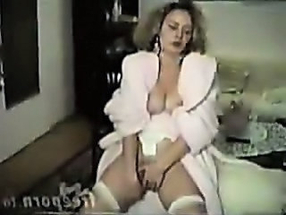Solo Masturbating MILF Wife Milf