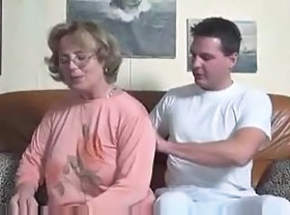 Elegant German Mature fucks Young man in couch _: cumshots german grannies matures old+young