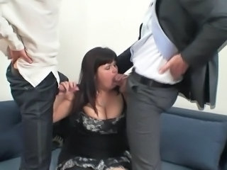 Blowjob Threesome BBW