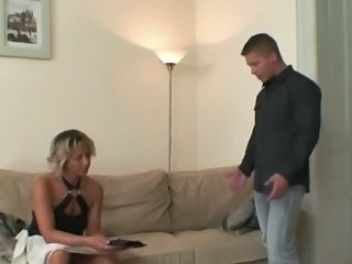 She finds out her man cheats close to her mom