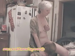 Licking Kitchen Small Tits Amateur Homemade Wife Mother