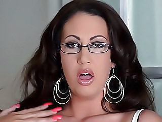 Brunette BBW Glasses