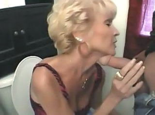 Mom Blowjob Toilet Blowjob Mature Dirty Mature Blowjob
