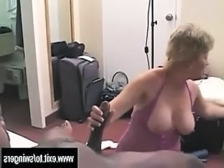 Interracial Mature Mom Amateur Amateur Mature Big Cock Handjob