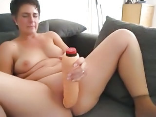 Masturbating Dildo Mom