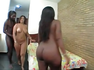 Threesome Latina Amazing