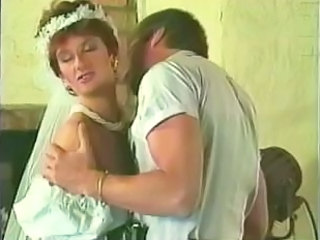 Brud MILF antik Bride Sex