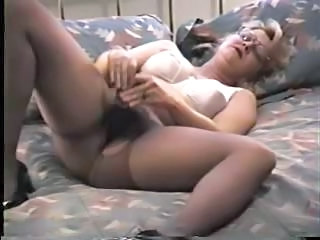 Blonde Mature In Pantyhose Decides To Ru...