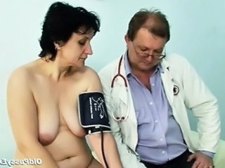 Doctor Older Saggytits Gyno