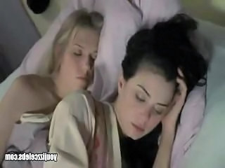 Dominique Swain And Mia Kirshner