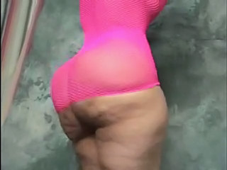 Latina Cellulite Booty