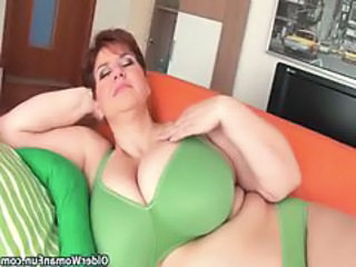 Mom BBW Big Tits