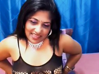 MILF Webcam Indian Aunt Aunty