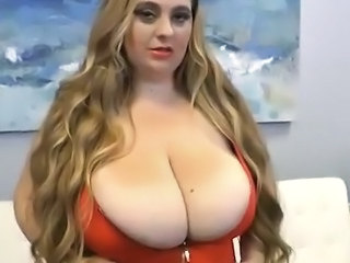 White chubby April Mc Kenzie Shakes large bust for A cam