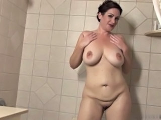Showers Big Tits Chubby