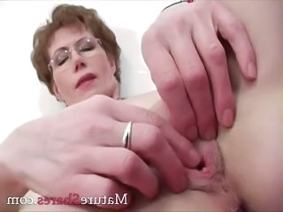 Close up Pussy Glasses Fingering Glasses Mature Masturbating Mature