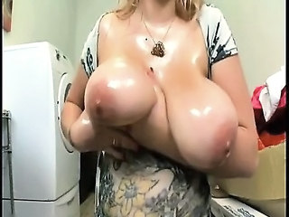Oiled Big Tits Natural