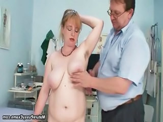 Fake Doctor Inspecting This Mature Mom P...