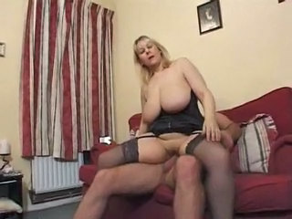 Mature Riding Saggytits