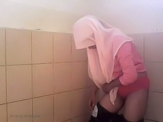 Toilet Arab Amateur Amateur Arab