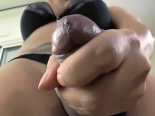 Hot shemale gets facial