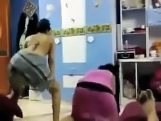 Amateur Arab Dancing Amateur Arab Daughter