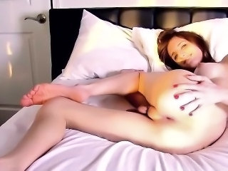 TS Kelly Klaymour fingers her tight tranny asshole