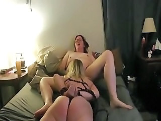 Married women have kinky lesbian sex