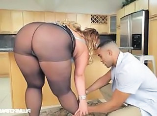 BBW Pantyhose Mom