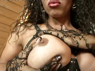 awsome black tranny pumpin' HER cock