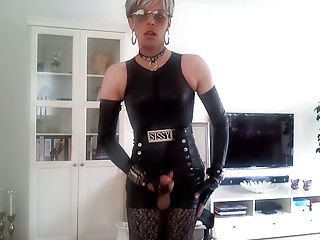 Sissy sexy in leather