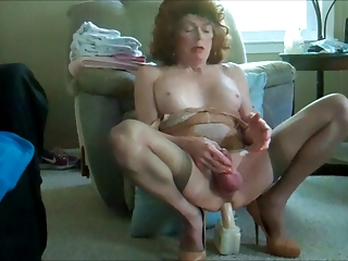 Mature Masturbating Webcam