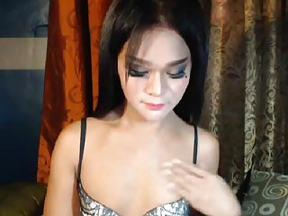 Cunning Shemale Show Bare Body for Fun