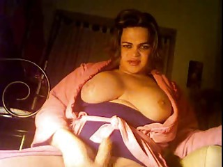 Chubby Shemale on cam