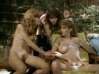 Mindy Rae, Tamara Longley + Janey..